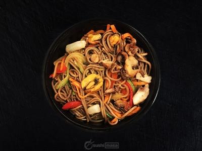 Соба с морепродуктами /Чили/